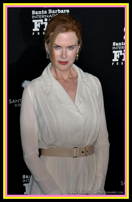 "2011 Academy Award Nominee<br />""The Rabbit Hole""<br />Nicole Kidman strikes a pose while arriving to receive the ""Vanguard Award."""