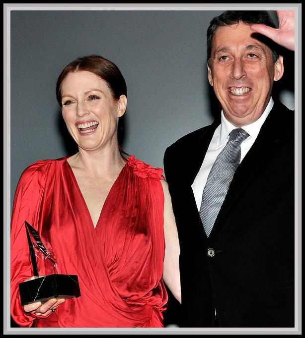 'Montecito Award' SBIFF 2010Producer, director and Santa Barbara resident Ivan Reitman presents the Montecito Award to his friend Julianne Moore.