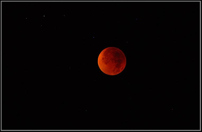 Total Lunar Eclipse<br />Santa Barbara, California<br />Aug. 28, 2007; 03:39 am PDT